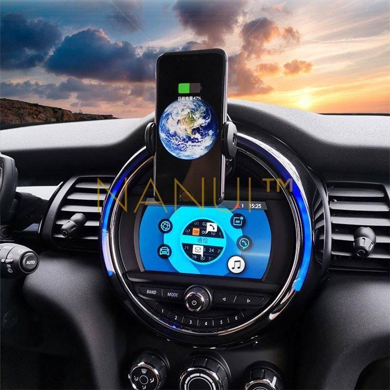 Car Fast Wireless Phone Charger MINI Accessories 6ee592b94717cd7ccdf72f: Black